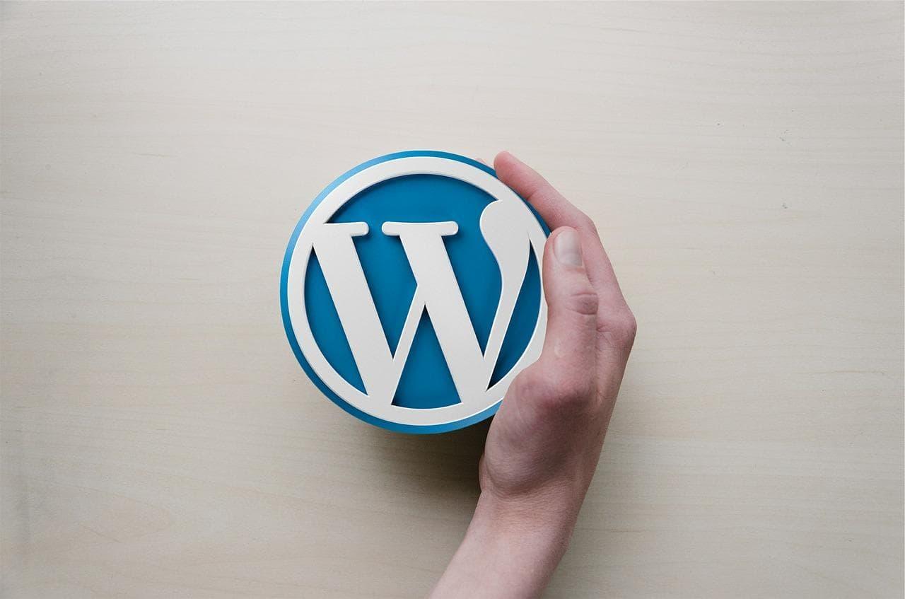 WordPress Blogspot hay Bizweb